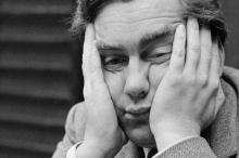 لماذا يمر الوقت ببطء عندما تشعر بالملل؟