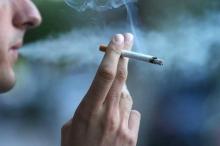 """قوانين جديدة للحد من """"المنكهات"""" في السجائر"""