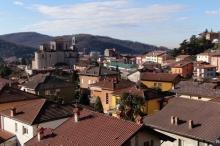 التاريخ يعيد نفسه في قرية إيطالية.. أفناها الطاعون وفتك بها ...