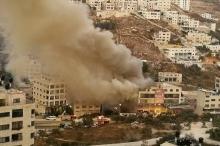 بالصور... حريق هائل في مجمع ضخم للمفروشات في نابلس