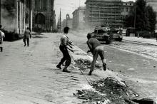 هكذا حاول الألمان طرد السوفيت فتحولت برلين لبركة دماء