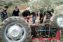 مصرع رئيس بلدية عرابة الأسبق بحادث إنقلاب جرار زراعي