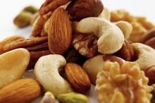 6 عادات غذائية للمحافظة على توازن السكر بالدم