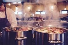 10 أخطاء في الطبخ يمكن أن تجعل طعامك ساما