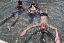 دراسة تربط بين أجواء الطقس وطبيعة آلام جسم الإنسان