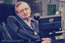 """عالم الفيزياء البريطاني """"هوكينغ"""" يعتزم السفر إلى المريخ"""