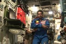 هل تخيلت يوما كيف يصلي ويصوم رواد الفضاء المسلمون خارج ...