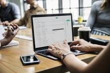 شركة بريطانية تطور برنامجا يمنع إرسال رسائل للشخص الخطأ