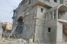 مصرع عامل فلسطيني بعد سقوطه من علو