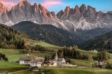 بالصور.. هذه أجمل بقعة طبيعية في إيطاليا