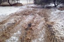 الأمطار الغزيرة والفيضانات تودي بحياة شاب وفتاة في جنوب البلاد
