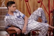 لماذا عليك تجنب ارتداء ملابس النوم لأكثر من يومين؟