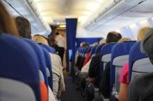 كيف تتجنب المخاطر الصحية عند السفر جوا لمسافات طويلة؟