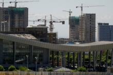 """دبي جديدة في صحراء كازاخستان.. تعرَّف على """"خورغوس"""" أكبر مركز ..."""