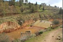 سد وادي الفارعة الذي كلّف ربع مليون دولار يتحول بسبب ...