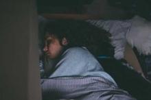 """""""شلل النوم"""" يرعب الجميع.. وعلاج بسيط يخلصك منه"""