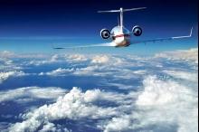 لماذا لا تطير الطائرات في خطوط مستقيمة؟