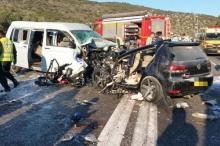 بالصور والفيديو.. حادث سير مميت يودي بحياة خمسة فلسطينيين في ...