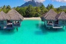 هل انت على استعداد لجولة في جزيرة بورا بورا المدهشة ...