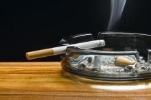 8 طرق للتخلص من رائحة السجائر في المنزل