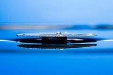 ابتكار معدن لا يغرق في الماء