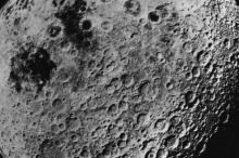 """لأول مرة.. الصين """"تغزو"""" الجانب المظلم من القمر"""