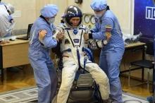 لماذا يزيد طول البشر في الفضاء؟