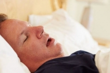 نقص النوم قد يؤدي إلى الوفاة.. فكم المدة المثالية؟
