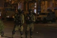 الاحتلال يعتقل شابين من جنين ويقتحم مخيم بلاطة