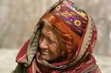 سر القبيلة المسلمة التي يعيش أفرادها 100 عام ويلدن في ...