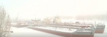 بالفيديو  لماذا تجري عمليات صيانة السفن في سيبيريا عندما تصل الحرارة ا ...