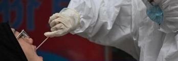 كم يعيش فيروس كورونا في جسم المصاب بالمرض؟