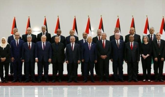 بالصور والأسماء.. تعرّف على السيرة الذاتية لرئيس وأعضاء الحكومة الجديدة