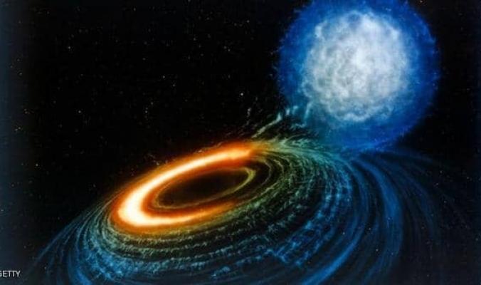 """لأول مرة.. علماء يرصدون """"وميضا ضوئيا"""" من ثقوب سوداء"""