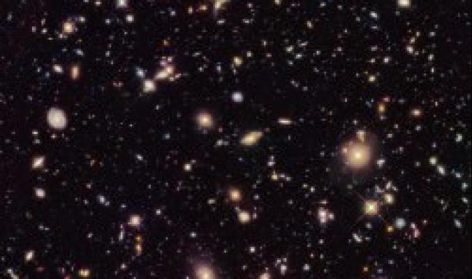 هل فعلًا يتمدَّد كل شيء في الكون؟