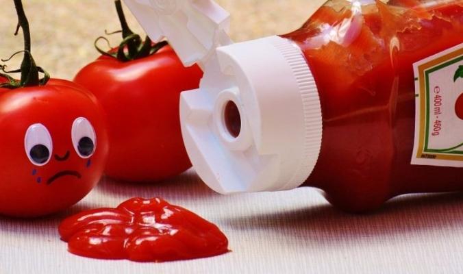 لم تكن الطماطم هي المكون الأساسي في بداياته: إليكم حقائق مميزة وغريبة عن الكاتشب!