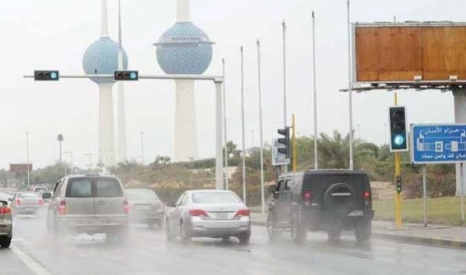الكويت تعلن اليوم عطلة رسمية بعد الأمطار الرعدية الغزيرة والسيول
