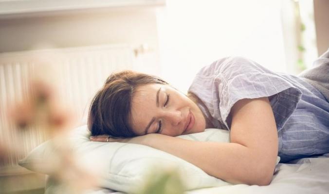 هذه أسباب الأرق.. و5 نصائح ذهبية للنوم بعمق