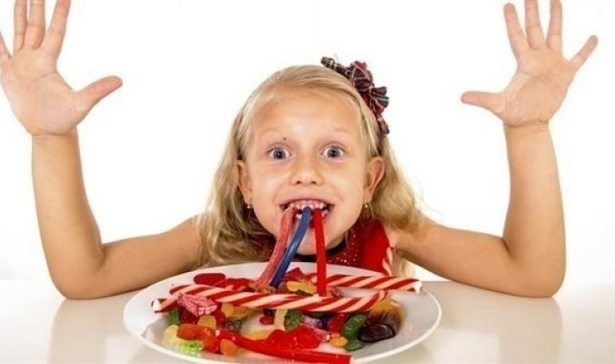 ما كمية السكر اليومية المناسبة للأطفال؟