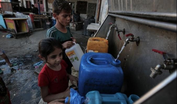 في غزة، موجات الحرارة تلهب جيوب المزارع والمواطن معا