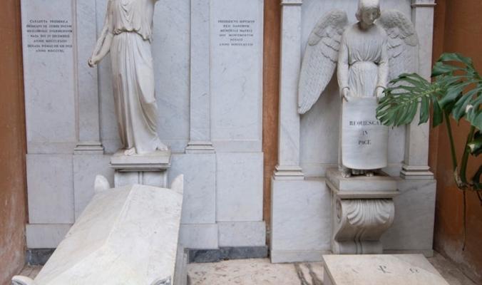 قبرا أميرتين في الفاتيكان فُتحا.. ولم يعثر على شيء بداخلهما