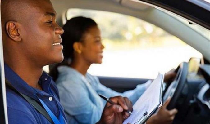 7 نصائح للمبتدئين في قيادة السيارة يجب اتباعها