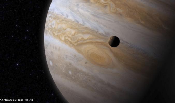 """علماء يكتشفون مسارا غريبا لـ""""كويكب تائه"""""""