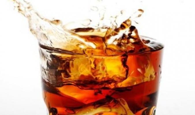 دراسة: المشروبات السكرية ترفع ضغط الدم عند المراهقين
