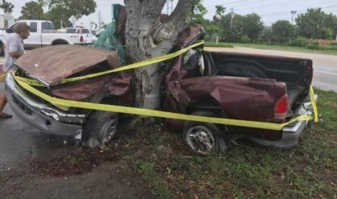 بالصور والفيديو.. دمار هائل وخسائر فادحة خلفها إعصار إرما في فلوريدا