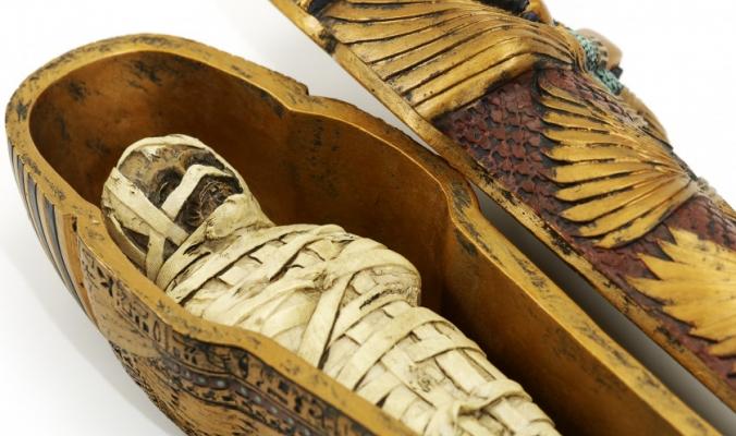 يُزال المخ عن طريق الأنف، وتستغرق العملية 70 يوماً.. بالخطوات، كيف حنط المصريون القدامى موتاهم؟