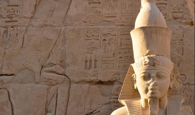 قلق ديني أم اغتيال سياسي.. ما السر وراء التحطيم المتعمّد لأنوف التماثيل المصرية؟