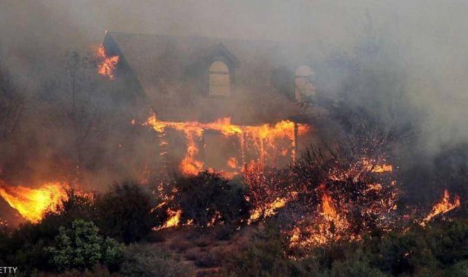 بالفيديو.. خسائر كارثية وتاريخية في كاليفورنيا والحرائق الهائلة تخرج عن السيطرة ومرشحة للتفاقم