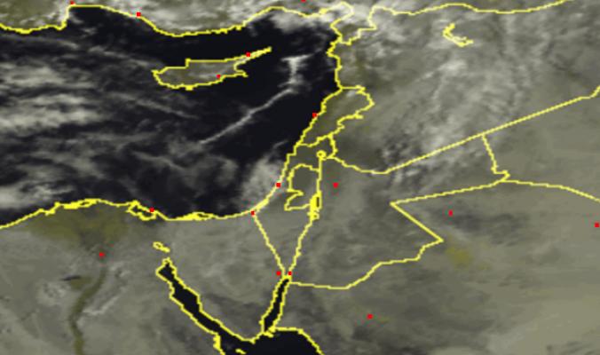 تطور مفاجيء للسحب في أطرف فلسطين الآن ....هل ستؤدي لتساقط أمطار مساء اليوم؟