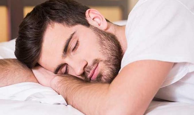 لماذا ننام وماذا يحدث لأجسامنا وقت النوم